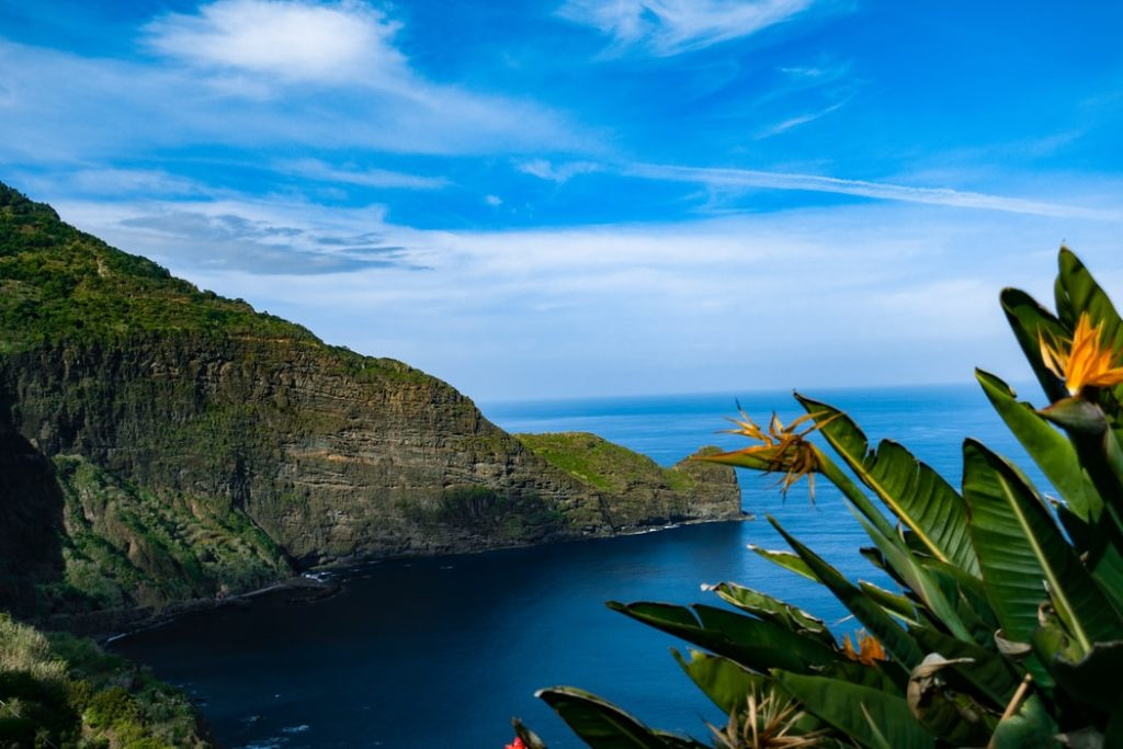 Funchal - Fly & Drive - pacote 4 noites / 3 dias